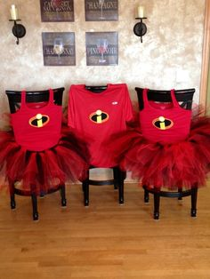 Incredibles running costume. I'm thinking cute to make in kid sizes as dress-ups