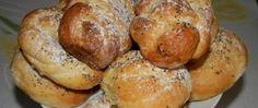 Bramborové sladké briošky Pretzel Bites, Brie, Baked Potato, Sausage, Potatoes, Baking, Ethnic Recipes, Food, Basket