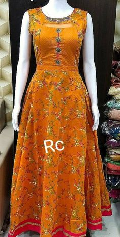 Indian Designers, Indian Designer Wear, Fashion Designers, Designer Blouse Patterns, Designer Dresses, Kurta Designs, Blouse Designs, 1 Piece Dress, Tambour Embroidery