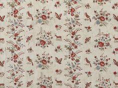Fragment de coton imprimé, 1775-1800. Semé de fleurs et d'animaux dont des cerfs. Conservé au V&A, Londres, 106(IS)-1950.