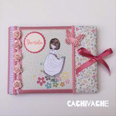 Álbum-libro de comunión para niña páginas interiores con solapas para colorar fotos, apartados para recuerdos, dedicatorias...