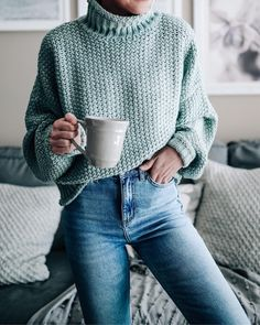 Casual winter outfit ideas. High waisted jeans and a Cozy mint sweater!
