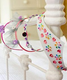 Craft ideas for kids: princess tiaras -   Update headbands with a little creative touch