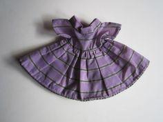 Schoene-alte-Puppenkleidung-Sehr-schoenes-Kleid-Kurzarm