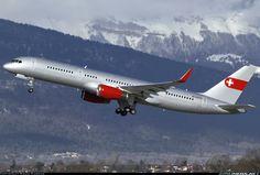 PrivatAir HB-IEE Boeing 757-23A