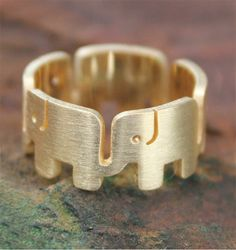 elephant ring- love this!  Love the animal, love the maternal society and close connections between mothers and daughters and sisters.  I choose to ignore any similarities to the mascot of that school....