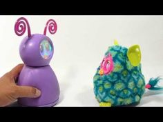 ▶ Fijit Friends Willa Talks & Dances With Furby Boom Peacock - YouTube