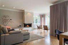 Living Room Modern, Living Room Interior, Living Room Designs, Living Room Decor, Mid Century House, Sweet Home, New Homes, Lounge, House Design