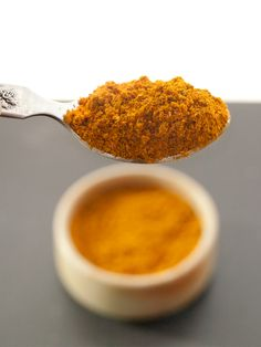 Indian food - Homemade Madras Curry Powder Masala. homemade essential spice blend for your kitchen