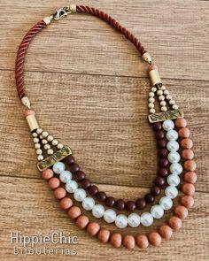 Crochet Jewelry Patterns Bracelet Beaded Necklaces 56 New Ideas Bead Jewellery, Old Jewelry, Jewelry Crafts, Beaded Jewelry, Jewelry Necklaces, Beaded Bracelets, Crochet Bracelet, Jewellery Shops, Jewellery Making