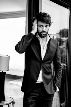 Engin Akyürek - L'Officiel Hommes Magazine Pictorial [Turkey] (April 2015)