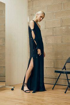 Rosetta Getty Spring 2016 Ready-to-Wear Fashion Show Fashion News, High Fashion, Fashion Show, Women's Fashion, Minimal Dress, Rosetta Getty, Fashion Designer, Spring Summer 2016, Spring Fashion