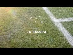 Si te lo explican con fútbol, lo entiendes 'Bajar la basura' - Publicidad de la Revista Líbero - http://2ba.by/12c1b