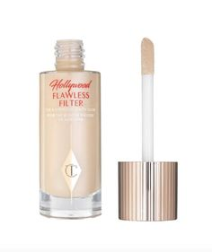 The Best Highlighters for Your Redhead Skin Tone Superstar, Redhead Makeup, Best Highlighter, Tan Skin, Skin Tone, Glow, Celebrity Skin, Charlotte Tilbury