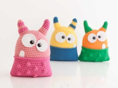Crochet Monsters, Itsy Bitsy Spider, Hello Kitty, Crochet Hats, Beanie, Knitting, Halloween, Demons, Tela