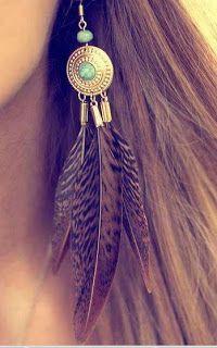 Modelos de aretes con plumas Vogue Female