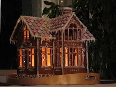 Another lit gingerbread house Gingerbread House Designs, Gingerbread Village, Gingerbread Decorations, Christmas Gingerbread House, Gingerbread Cookies, Christmas Cookies, Christmas Decorations, Christmas Makes, Simple Christmas