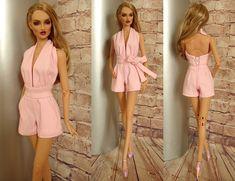 Sewing Barbie Clothes, Barbie Sewing Patterns, Doll Dress Patterns, Barbie Style, Habit Barbie, Accessoires Barbie, Barbie Fashionista Dolls, Beautiful Barbie Dolls, Barbie Dress