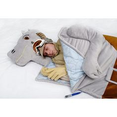 Tauntaun sleeping bag, so awesome.