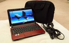 Acer Aspire One D250 10.1 Netbook Atom 1.6GHz 1G RAM 160GB HD w/ Carrying Case