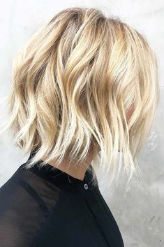 Best Easy Short Bob Haircuts for Thick Hair, Everyday Bob Hairstyles for Women Buttery Blonde, Short Bob Cuts, Short Bob Haircuts, Short Hair Cuts For Women Bob, Low Maintenance Short Haircut, Hair Color 2017, Hair Colors, Easy Hair Cuts, Cuts For Thick Hair