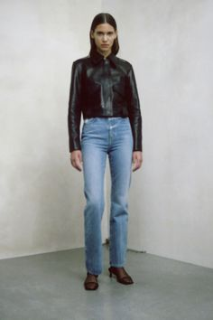 Simple Fashion Tips Khaite Pre-Fall 2020 Collection - Vogue.Simple Fashion Tips Khaite Pre-Fall 2020 Collection - Vogue 2020 Fashion Trends, Spring Fashion Trends, Runway Fashion, Fashion Top, Fashion 2020, Fashion Brands, Fashion Gone Rouge, Lookbook, Fashion Show Collection