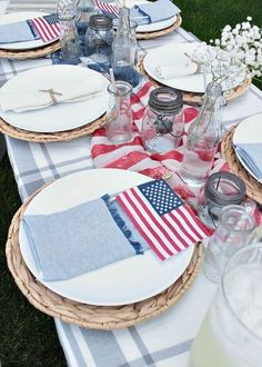 Fourth Of July Decor, 4th Of July Celebration, 4th Of July Party, Patriotic Table Decorations, Birthday Decorations, Happy Birthday America, Patriotic Party, Patriotic Crafts, Americana Crafts