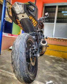 R15 Yamaha, New Ktm, Ktm Duke, Motorcycle Accessories, Motogp, Motorcycles, Wheels, Bike, Studio
