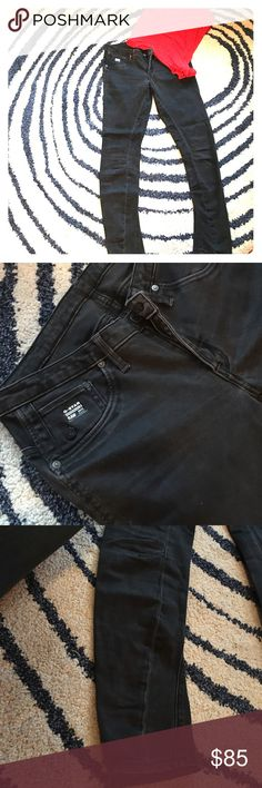 G STAR RAW GS01 jeans size 6/8 Charcoal/black G STAR denim jeans. Beautiful condition. Stitching up the inside of the legs. It falls about ankle height. Stretch/snug fit. Low rise. The size has rubbed off on the inside but it fits a large 6/small 8 G-Star Jeans Skinny