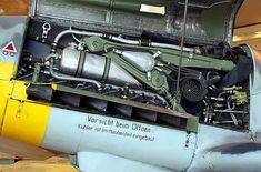 Messerschmitt Bf 109 K-SIM 01 - Messerschmitt Bf 109 - Wikipedia, la enciclopedia libre Aircraft Engine, Ww2 Aircraft, Military Aircraft, Me 109, Luftwaffe, The Spitfires, Daimler Benz, Ww2 Planes, Military Modelling