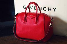 wtf i want this bag so badly