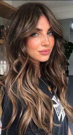 Hair Color Balayage, Brown Hair Inspo, Pretty Brown Hair, Dark Brunette Balayage Hair, Hair Color For Brown Skin, Brunette Hair Color With Highlights, Balayage Long Hair, Fall Hair Color For Brunettes, Auburn Brown Hair Color