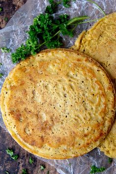 Socca (or farinata), made from chickpea flour, is a gluten free, vegan recipe that uses 5 ingredient Chickpea Flour Bread, Chickpea Flour Recipes, Vegan Bread, Bread Food, Yeast Bread, Bread Baking, Gf Recipes, Vegan Recipes Easy, Veggie Recipes