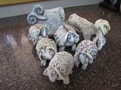 Little clay sheep. Ceramic Clay, Ceramic Pottery, Pottery Art, Pottery Ideas, Ceramic Figures, Clay Figures, Clay Projects, Clay Crafts, Sheep Crafts