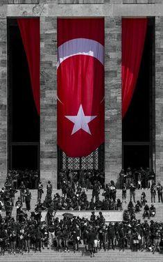 life is strange, aliens are even stranger . Turkish Soldiers, Turkish Army, Turkish Military, Turkish National Anthem, Ottoman Flag, Turkey Flag, Republic Of Turkey, Turkey Travel, Life Is Strange