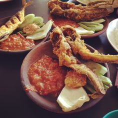 Pecel Lele Indonesian Cuisine, Asian, Staying Alive, Writings, Chicken Wings, Seafood, Beverages, Food And Drink, Menu