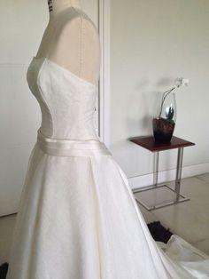 Vestido de Noiva - lateral / detalhe