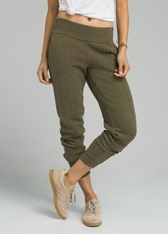 The prAna Cozy Up Pant is constructed from a Hemp/Recycled polyester blend. The pant offers natural odor reducing features and UPF Design features include on seam front pockets, back pockets, self leg cuffs, and a mid-rise slouch. Hip Workout, Workout Pants, Workout Programs For Men, Best Joggers, Yin Yoga Poses, Leg Cuffs, Joggers Womens, Fashion Joggers, Sustainable Clothing