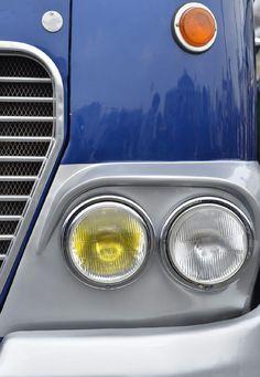 IHO - Közút - Centenáriumi buszünnep a Városligetben Commercial Vehicle, Locomotive, Old Cars, Buses, Budapest, Cars And Motorcycles, Lego, Boat, Vehicles