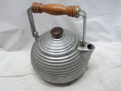 Wilton Pewter Teapot Wooden Handle Dutch Danish Modern Ribbed Tea Pot Kettle RWP | eBay