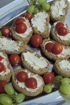 Κυκλαδίτικη  Γαστρονομία: Μια βουτιά στον κόσμο των Κυκλάδων Sushi, Cheesecake, Muffin, Baking, Breakfast, Ethnic Recipes, Desserts, Food, Morning Coffee