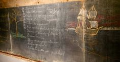 School Stumbles Upon Chalkboards From 1917 During Renovation, Perfectly Preserved Lessons Provide Rare Look Into Past. – Dusty Old Thing Vintage Chalkboard, School Chalkboard, Chalkboard Art, Education Director, Music Education, Health Education, Physical Education, Teaching Multiplication, Alternative Education