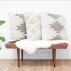 Ideas Living Room Grey Decor Inspiration Pillows For 2019 Living Room Grey, Home Living Room, Apartment Living, Living Room Decor, Bedroom Decor, Aztec Decor, Veranda Design, Grey Pillows, Aztec Pillows