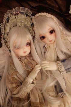 Peinture Sur Porcelain - Broken Porcelain Fix - - Chinese Porcelain Pottery Pretty Dolls, Beautiful Dolls, Dainty Doll, Princess Barbie Dolls, Porcelain Dolls Value, Cute Baby Dolls, Victorian Dolls, Doll Painting, Anime Dolls