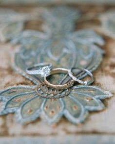 Start planning your wedding today with ideas for dresses, invitations, cakes, bouquets, and more from the editors of Martha Stewart Weddings. Big Wedding Rings, Wedding Rings Vintage, Wedding Jewelry, Wedding Bands, Camp Wedding, Wedding Ideas, Wedding Ceremony, Wedding Stuff, Reception