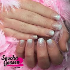 #CND #CNDWorld #nailart #naildesign #nails #CNDGoWithAPro #pink #LiquidAndPowders #ADDITIVES #fading #weddingnails #wedding #CNDNederland