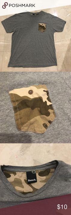 Bench. Camo pocket t-shirt Bench. Camo pocket t-shirt Bench Shirts Tees - Short Sleeve