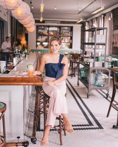 Gal Meets Glam at Darling Oyster Bar, Charleston, SC Mode Outfits, Casual Outfits, Casual Dresses, Spring Summer Fashion, Spring Outfits, Gal Meets Glam, Sophisticated Style, Look Fashion, Ootd