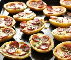 Pizza Potato Skins - Website where you click what you have in your fridge and it gives you recipes.