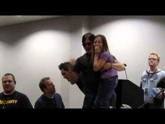 ▶ The Walking Dead Panel at HorrorHound Weekend Pt 3 - YouTube